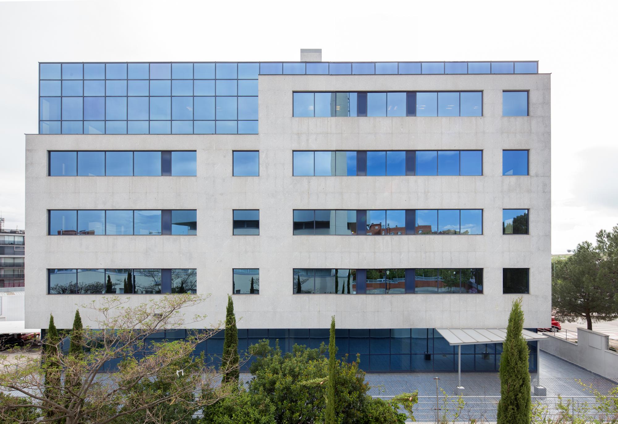 Grupo Fiteni alquila a Natura Beauty 3.000 metros cuadrados de oficinas en Madrid
